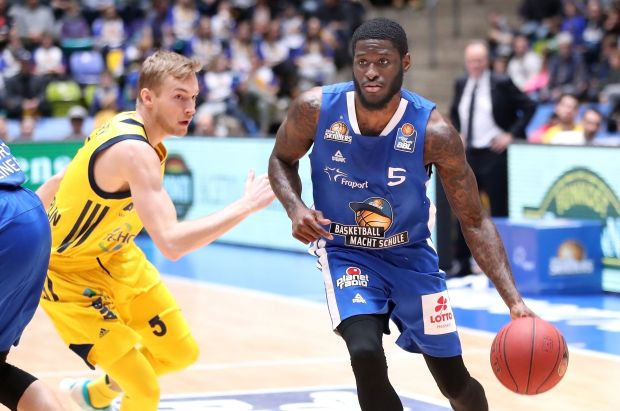 Basketball BL,  FRAPORT SKYLINERS -  ALBA BERLIN